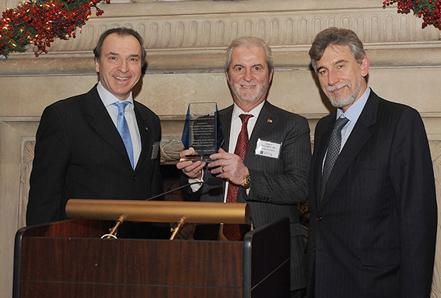 From left, Greece's Ambassador Christos Panagopoulos, John Calamos, the honoree, and Nicolas Bornozis, President of Capital Link.