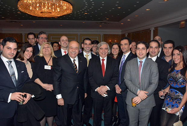 US Secretary of Energy, Dr. Ernest Moniz, with Andreas Komosdromos, Despina Axiotakis and members of the Youth division of the Cyprus US Chamber of Commerce. Also, Cyprus Trade Commissioner, Aristos Constantine, Laura Neroulias, Nicolas Nicolaou, Renos Savvides, Stathis Theodoropoulos, Iacovos Zachariades, Nicholas Kinnis, Dimitris Comodromos, Anthony Kinnis, Nick Kinnis, Savvas Argyrou and Eleni Eracleous, PHOTO: ETA PRESS