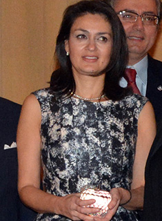 Consul General of Cyprus Koula Sophianou having received a special commemorative award on behalf of the Chamber, PHOTO: ETA PRESS