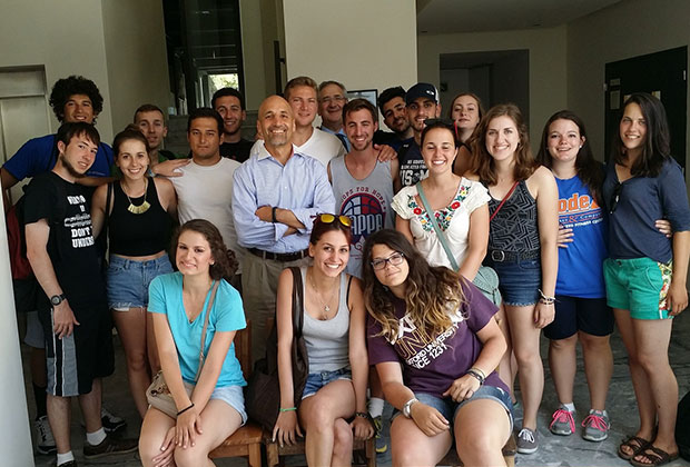 Bill Antholis, Managing Director of the Brookings Institution, with Heritage Greece students