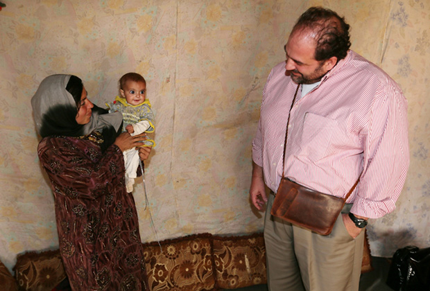 Constantine Triantafilou with Syrian refugees in Bekaa