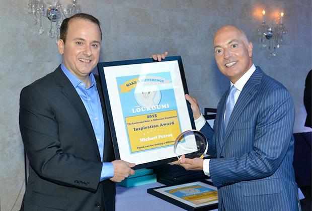 Nick Katsoris presents Loukoumi Foundation Inspiration Award to Michael Psaros, PHOTO: JILLIAN NELSON