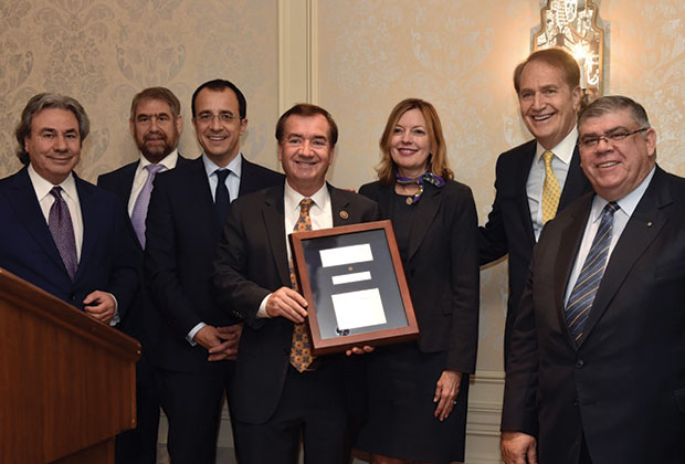 Paraskevaides Award recipient and Chairman of the House Foreign Affairs Committee, Congressman Ed Royce