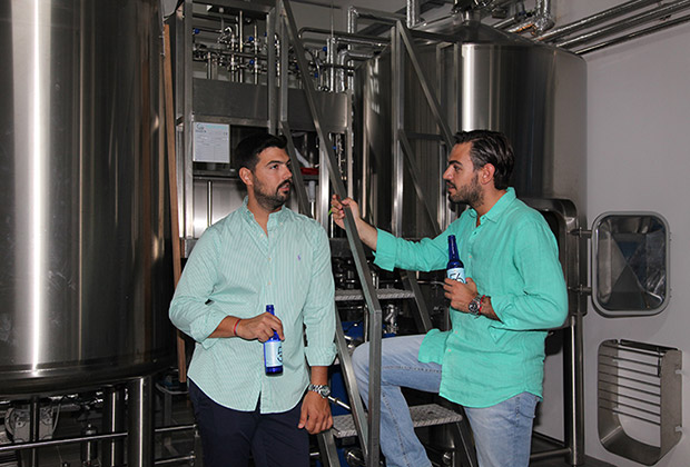 From left, Nicolas Pavlakis and Marinos Alexandrou, founders of the Microbrewery of Paros