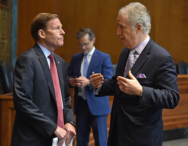 Senator Richard Blumenthal (D-CT), Senate Armed Services Committee with Andy Manatos, PHOTOS: BILL PETROS