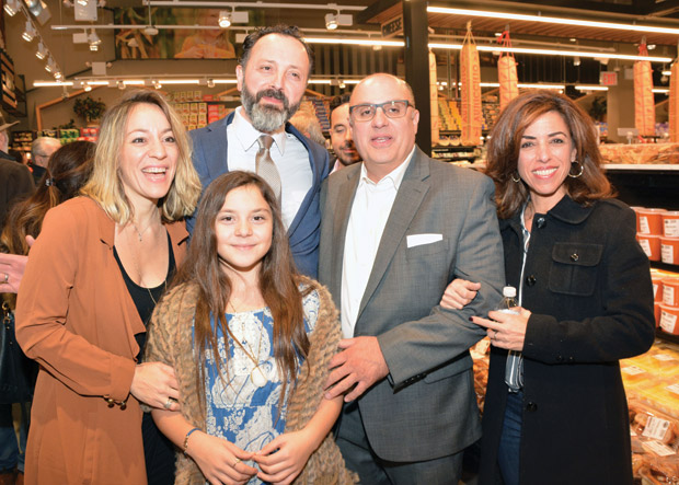 Faye and Thomas Tsamis with daughter Calliope and Peter & Maria Mamais; Photo: ETA PRESS / Christos Cavvadas