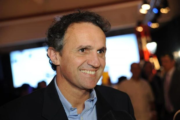 This past December, Gabriel Nicolás Katopodis a fellow Lefkadian, was named Argentina's minister of Public Works! He is a lawyer by profession and before his government appointment he served as mayor in the San Martin area of Buenos Aires since 2011. Both his parents' families originate from Greece's Lefkada Island. Congratulations!!!